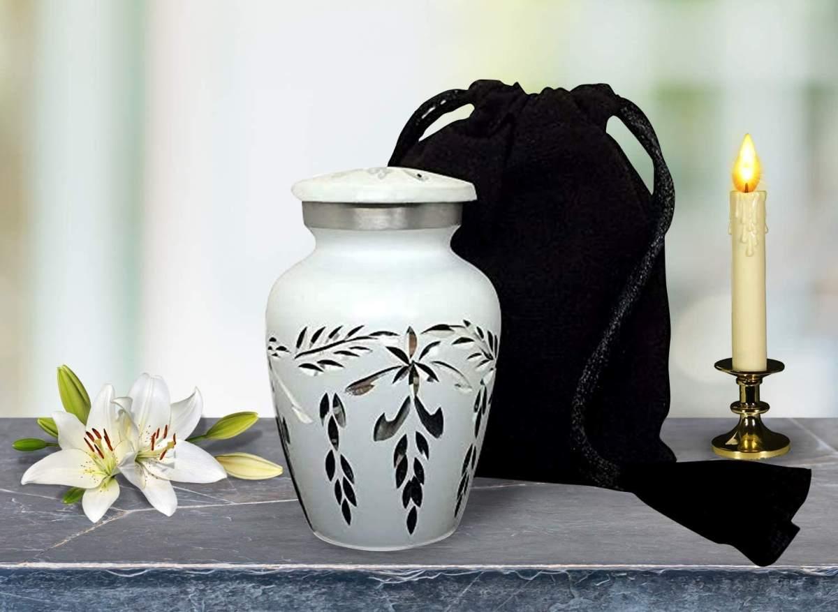 come-scegliere-urna-funeraria-guida
